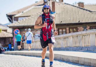 Ivan Popov running a marathon in Tryavna